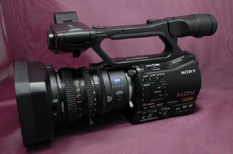 索尼(sony)hvr-z7c专业摄像机 索尼z7c(黑色 套装八)