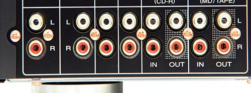 marantz马兰士pm6004 cd播放机的电源电路在设计上也参考了高级机的